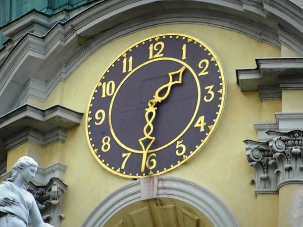 Clock 994322 640