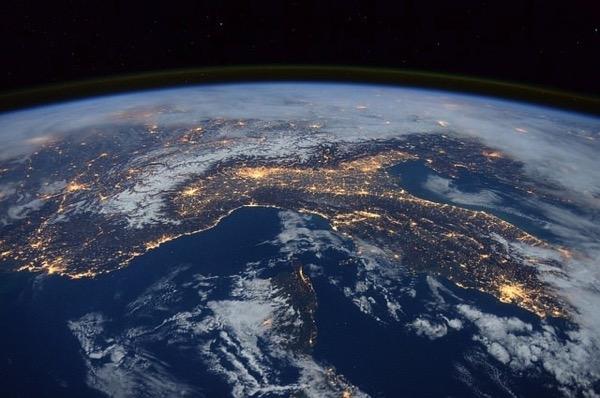 Earth 1176518 640