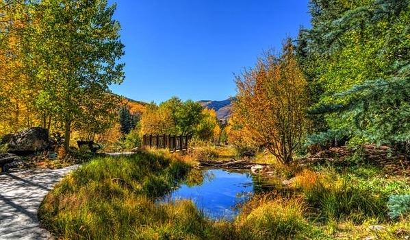 Vail autumn 1732981 640