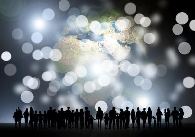 地球と人々と光