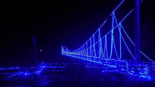 ふれあい橋イルミネーション