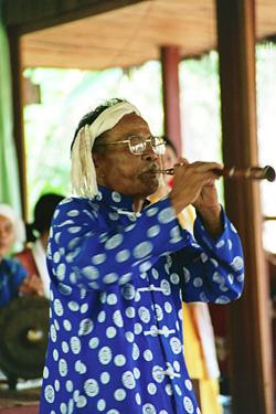 笛吹きのおじいちゃん