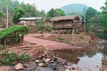 ヤオ族の村の雰囲気。
