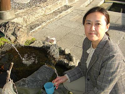 槻泉神社の湧水