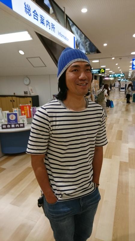 718315e39db 秋田空港に着くと今日から二日間アテンドしてくれる元選手の白石が出迎えに来てくれていました。