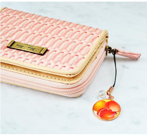 「三柑の実」お財布装着イメージ