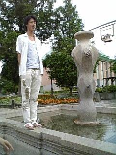 銅像とうっちゅん