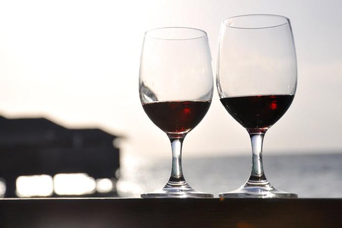 脚なしワイングラスおすすめ