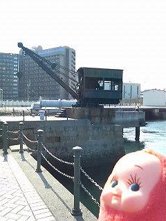旧魚雷揚げ下しクレーン