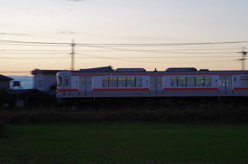 14-asa-densya-04af.jpg