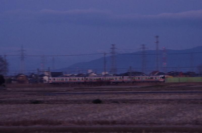 18-asa-densya-04af.jpg
