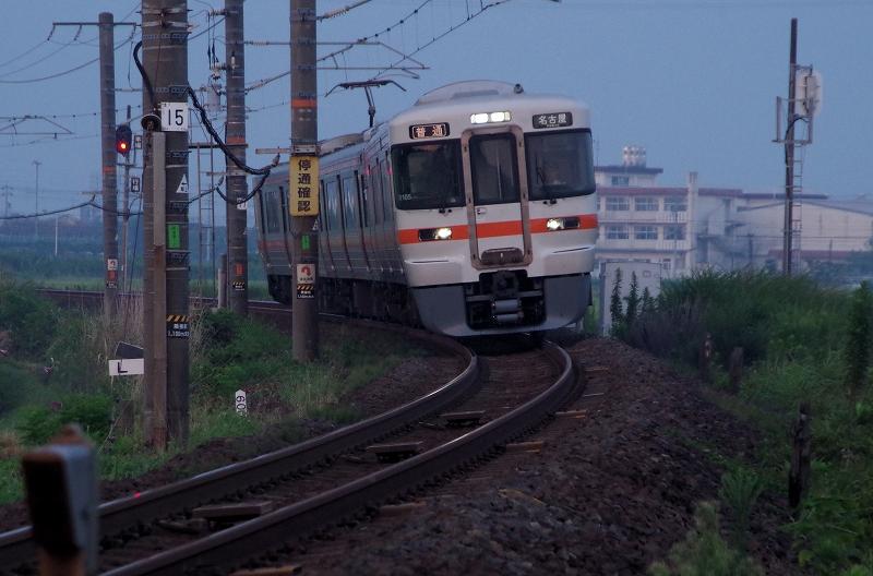 19-asa-densya-01af.jpg