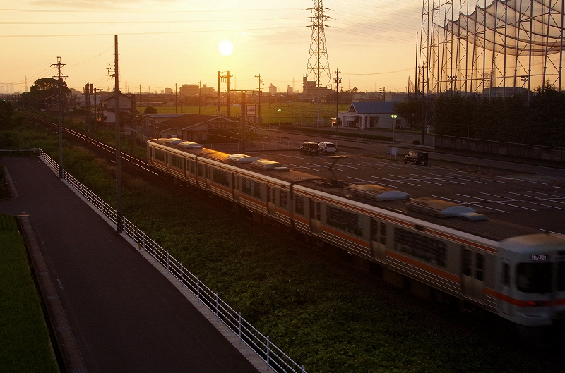 02-asa-densya-13af.jpg