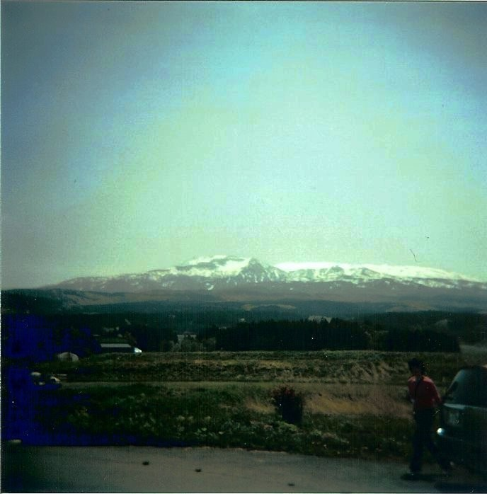 HOLGA3-mountain2