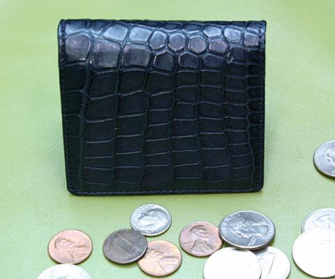 6ad4c43ce235 ... 入れ アメ横 君島鞄商会. こちらはクロコダイルのネイビー なかなかない色ですね 13,650円