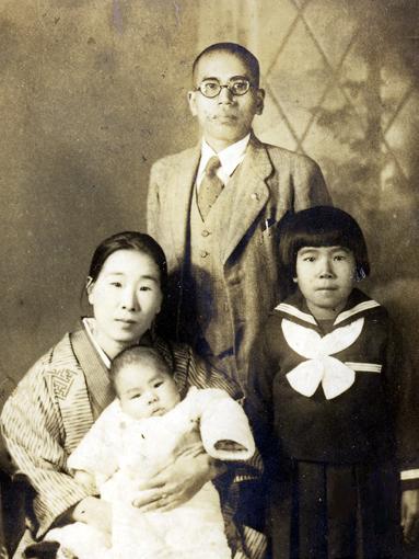 基100日目の家族写真