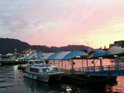 夕日の桟橋
