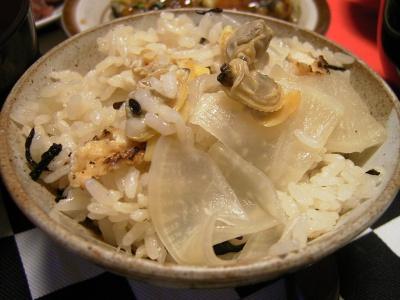 R0025990イカ煮付け、アサリ大根飯、なめこ汁_400.jpg