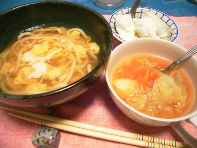 R0026612卵うどん、キャベツとニンジンジャガイモ煮込み、グレープフルーツヨーグルト_400.jpg