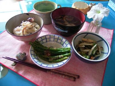 たこ飯、アスパラ、春野菜、レモン紫蘇スープ