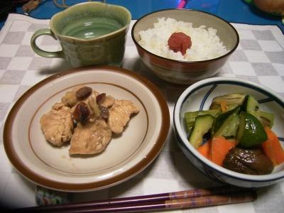 R0027682鶏とベリーの炒め煮煮、野菜の蒸し煮_400.jpg