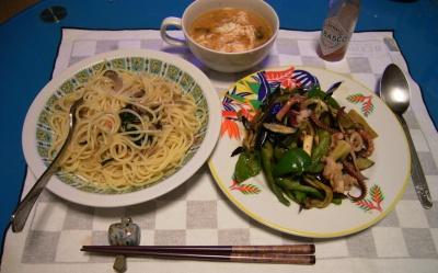 RIMG5776 (2)スパゲッティ、イカと野菜の炒め物、スープ_400.jpg