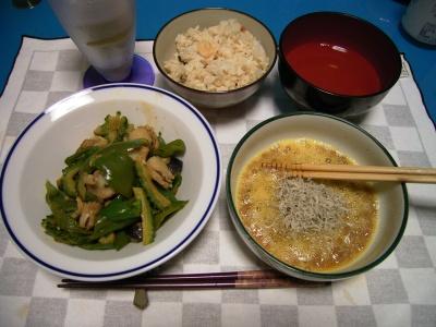 RIMG5778 (2)鯛飯、ジャコ卵納豆、ホタテとゴーヤピーマンナス炒め_400.jpg