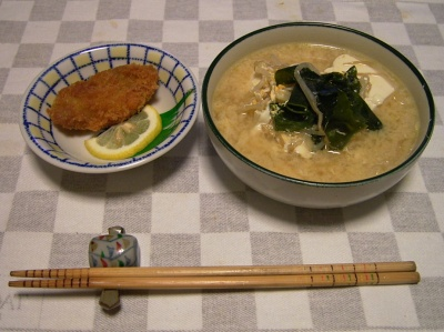 R0028788牡蠣フライ、ワカメ豆腐入りもやしそば_400.jpg