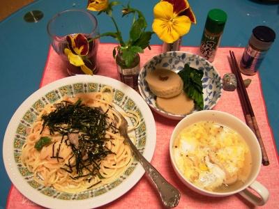 R0030705夜、和風タラコスパゲティ、卵スープ、筍煮物_400.jpg