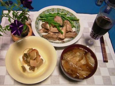 R0031693夜-ザーサイ奴、鶏とアスパラ炒め、キャベツの味噌汁_400.jpg