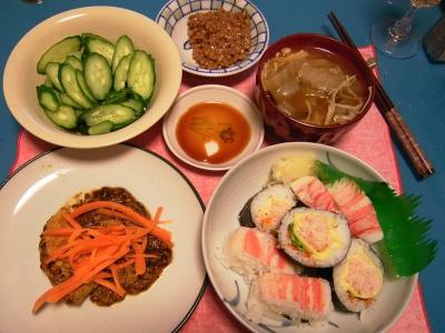 R0033397夜-チキンソテー、蟹三昧寿司、野菜スープ、納豆、きゅうり_400.jpg