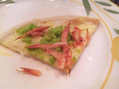 SBSH0121外食-桜海老と春キャベツのピザ_400.jpg