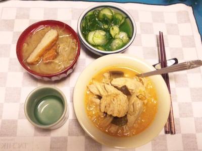 SBSH0211_0523夜チキンカレーさつま揚げ味噌汁、きゅうりの酢の物_400.jpg