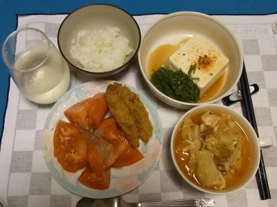 RIMG0238_0729夜-鯵フライ、とまと、メカブ奴、キャベツと鶏のスープ煮_400.jpg