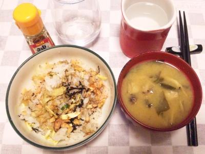 SBSH0214_1017夜-鮭ご飯、シメジの味噌汁_400.jpg