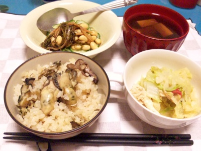SBSH0204_0113夜-牡蠣ご飯、松前漬けきゅうり、豆腐のお吸い物、キャベツ煮こみ_400.jpg