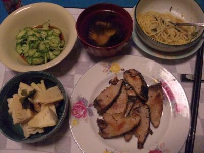 SBSH0223_0507夜-筍さっと煮、カツオソテー、若竹汁、きゅうり酢の物、スパゲティ_400.jpg