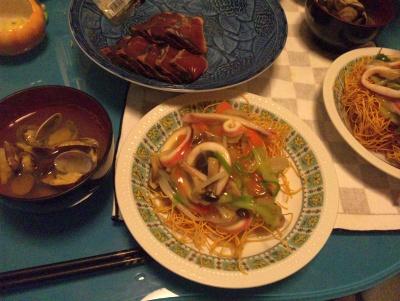 SBSH0217_0525夜-長崎皿うどん、カツオのたたき、アサリの潮汁_400.jpg