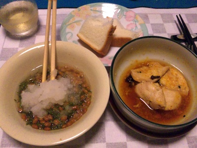 SBSH0206_0714夜-メカブ納豆おろし、チキンのスープ煮、ふわもち食パン_400.jpg