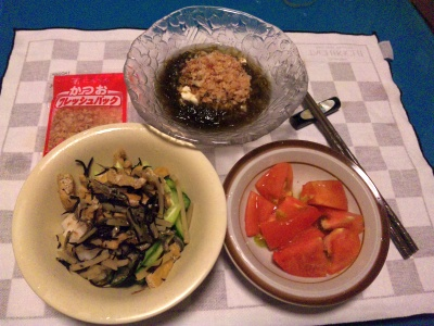 SBSH0203_0815夜-トマト、モズクおかか奴、揚げの常備菜_400.jpg