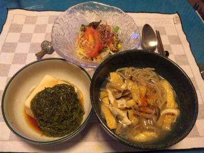 SBSH0276_1002夜-しめじ蕎麦、メカブ奴、サラダ_400.jpg