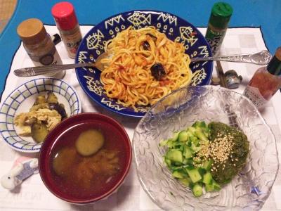 SBSH0208_1024夜-スパゲティ、メカブキュウリ、ナスの味噌汁、鶏の煮物_400.jpg