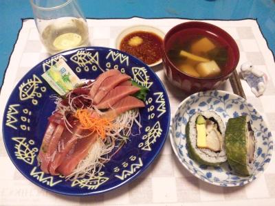 SBSH0217_1111夜-カツオ刺身、さば高菜巻き寿司、お吸い物_400.jpg