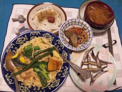 SBSH0213_1122夜-野菜スパゲティ、根菜煎り煮、梅大根とちりめん山椒、味噌汁_400.jpg