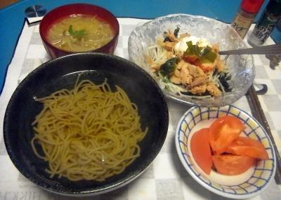 RIMG0010_0424夜-ツナとマスカルポーネのサラダ、蕎麦、トマト、味噌汁_400.jpg