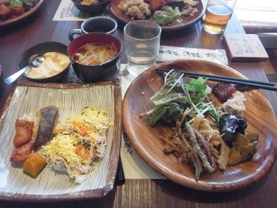 RIMG0010_1105昼外食-野の葡萄_400.jpg