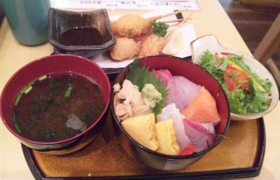 SBSH0265_1114昼外食-ちらし寿司と串揚げランチセットcut_400.jpg