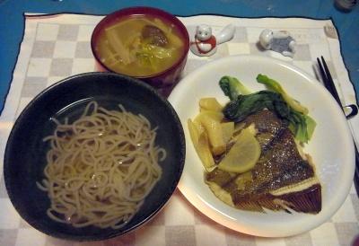 RIMG0021_0224夜-鰈煮付け、味噌汁、蕎麦_400.jpg