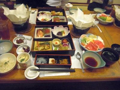 RIMG0048_0623昼外食-七回忌会食_400.jpg
