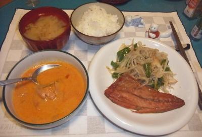 RIMG0023_0715夜-ツナのタイカレー、タイ米ご飯、みりん干し、味噌汁_400.jpg